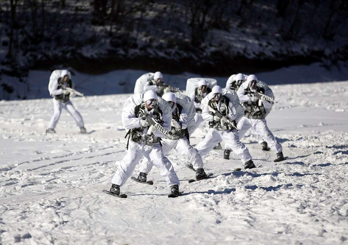 На учебном поле брани: Картинки из жизни бойцов различных спецназов (4)