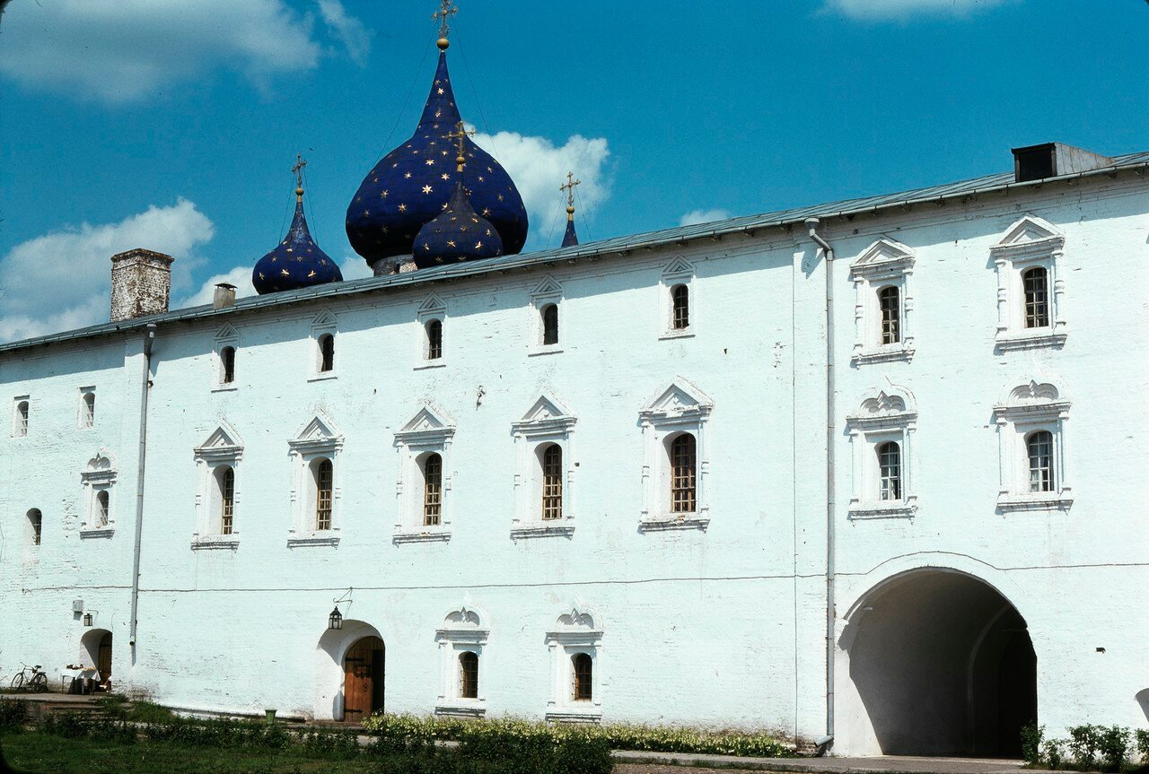 Суздаль. Кремль. Архиерейские палаты