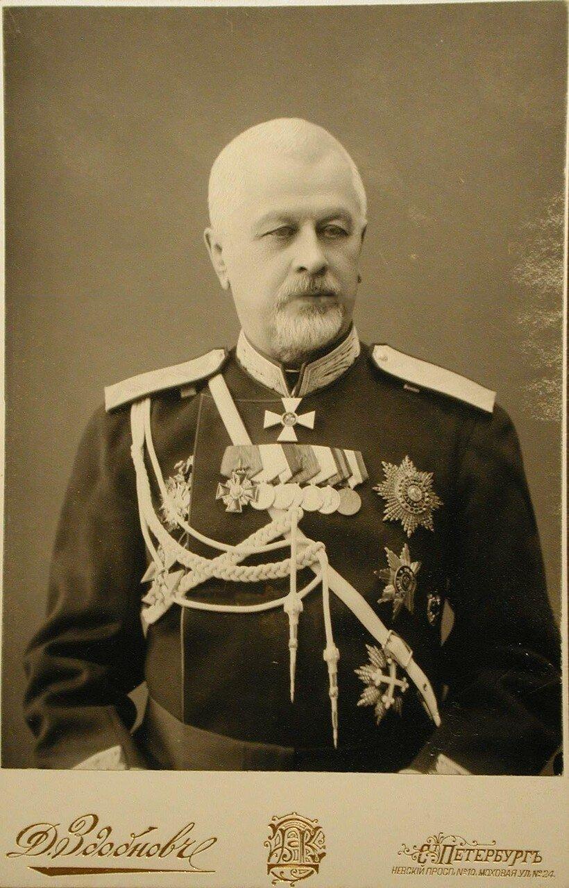 Рооп Христофор Христофорович (1 мая 1831 — 1917, Петроград) — русский государственный и военный деятель, генерал от инфантерии (30.08.1885), последний частный владелец подмосковной усадьбы Пехра-Яковлевское. С 12 октября 1890 года — член Государственного