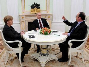 Путин, Олланд и Меркель обсудили кризис на Украине
