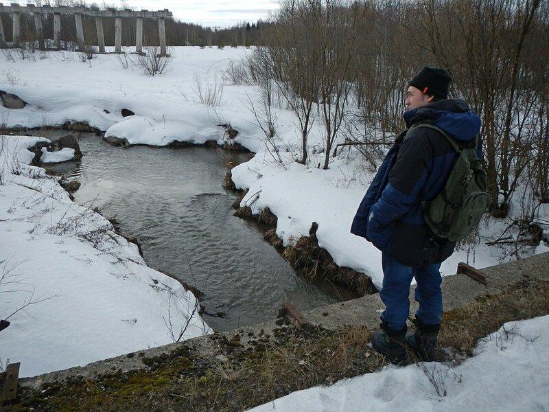 Река Люльченка в районе недостроенного путепровода в Ганино