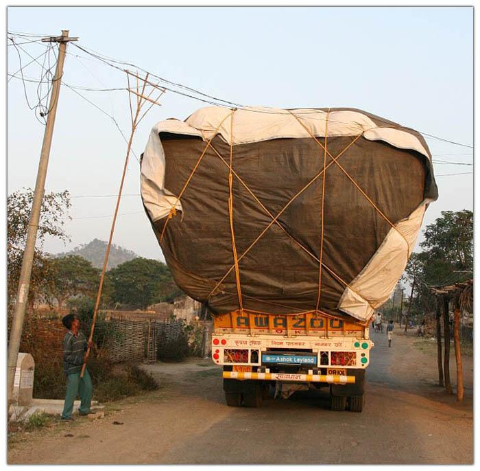 Перевозка груза и людей в странах третьего мира