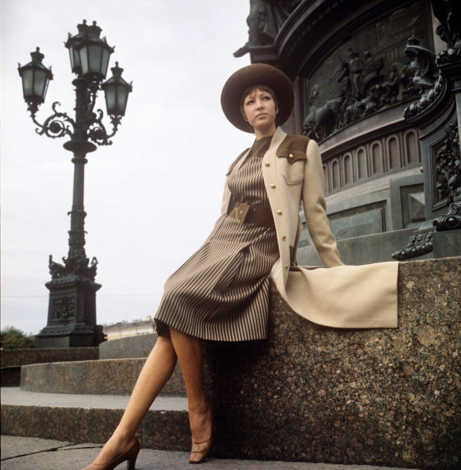 soviet-fashion-of-the-1960s-and-1970s-8.jpg