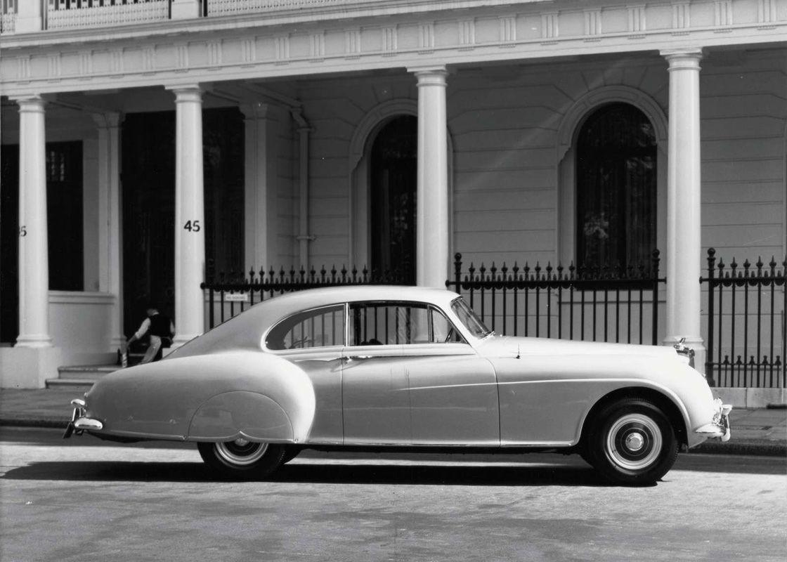 История автомобилей. 1950-1959 года (46 фото)