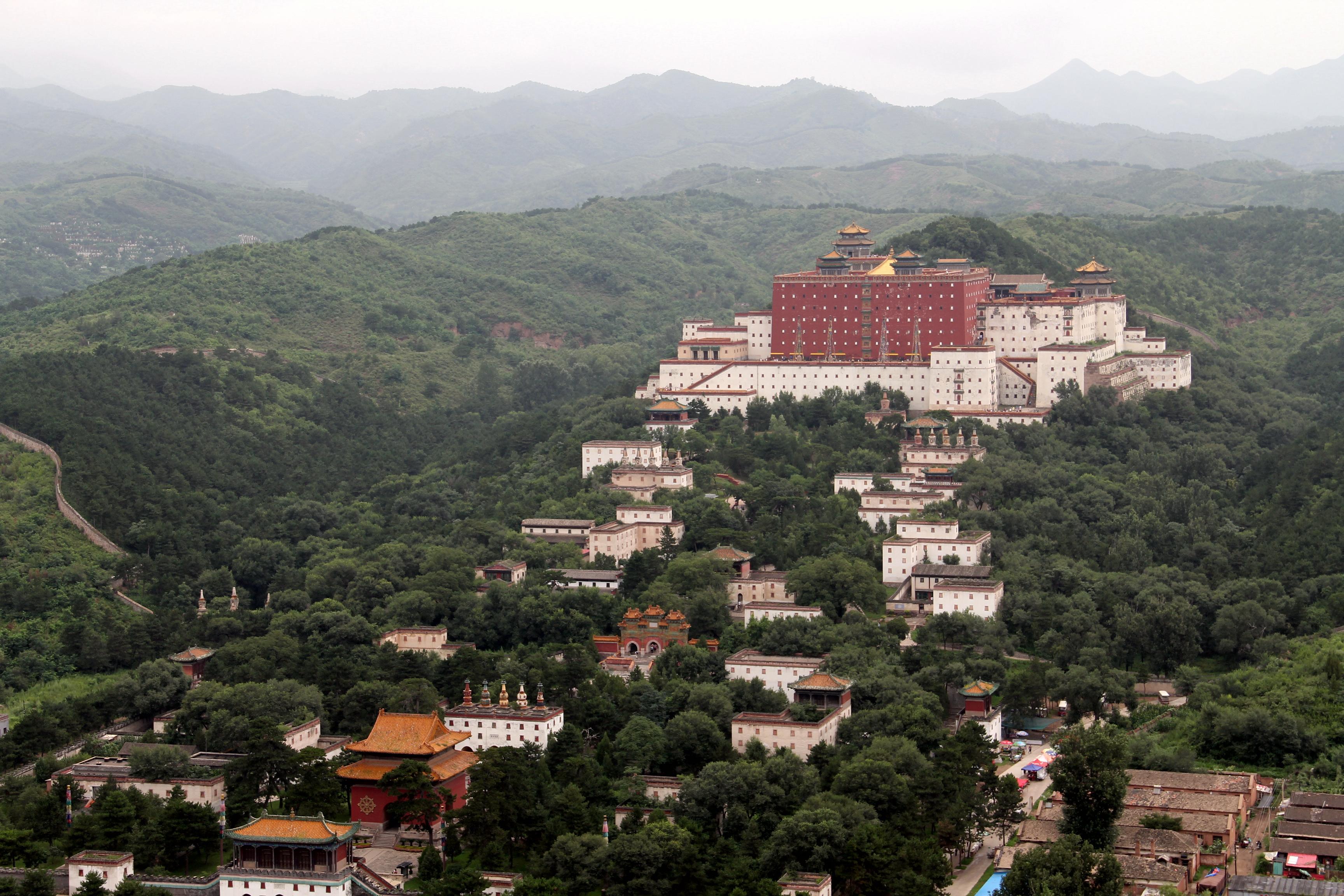 Буддийский храмовый комплекс Путоцзунчэн
