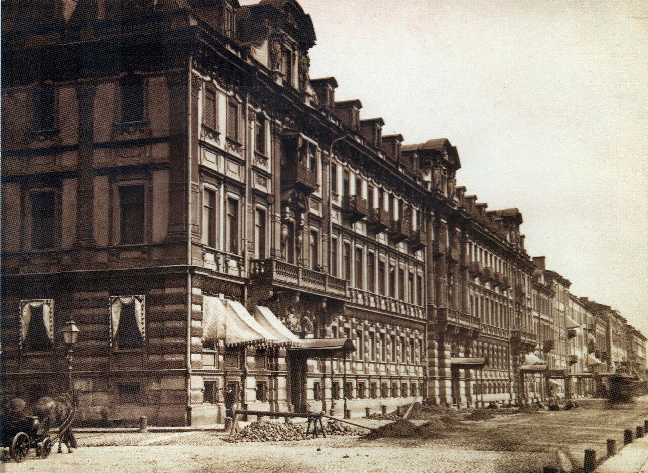 Конногвардейский бульвар, дом Гинцбурга. 1870-е