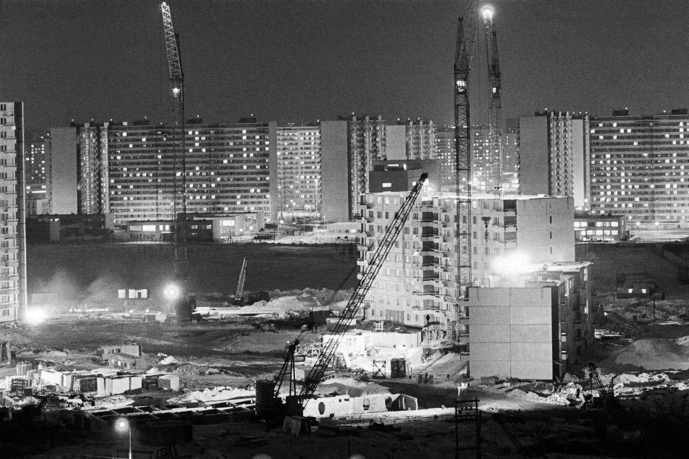 1982. Строительство новых жилых домов в Тропарево