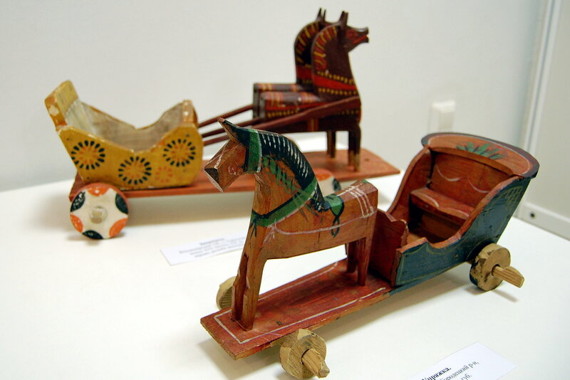 Выставка «Сказка в игрушке»