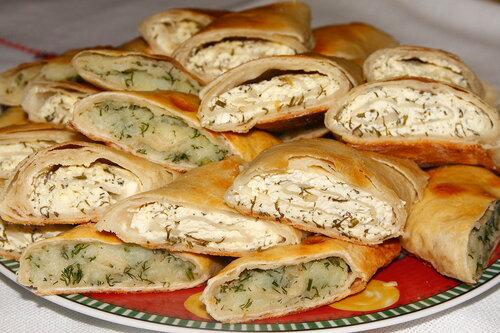 Плацинды с картошкой и творогом (молдавская кухня)
