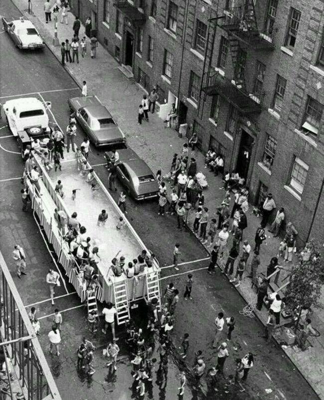 Авто-бассейн в Нью-Йорке, 1960.jpg