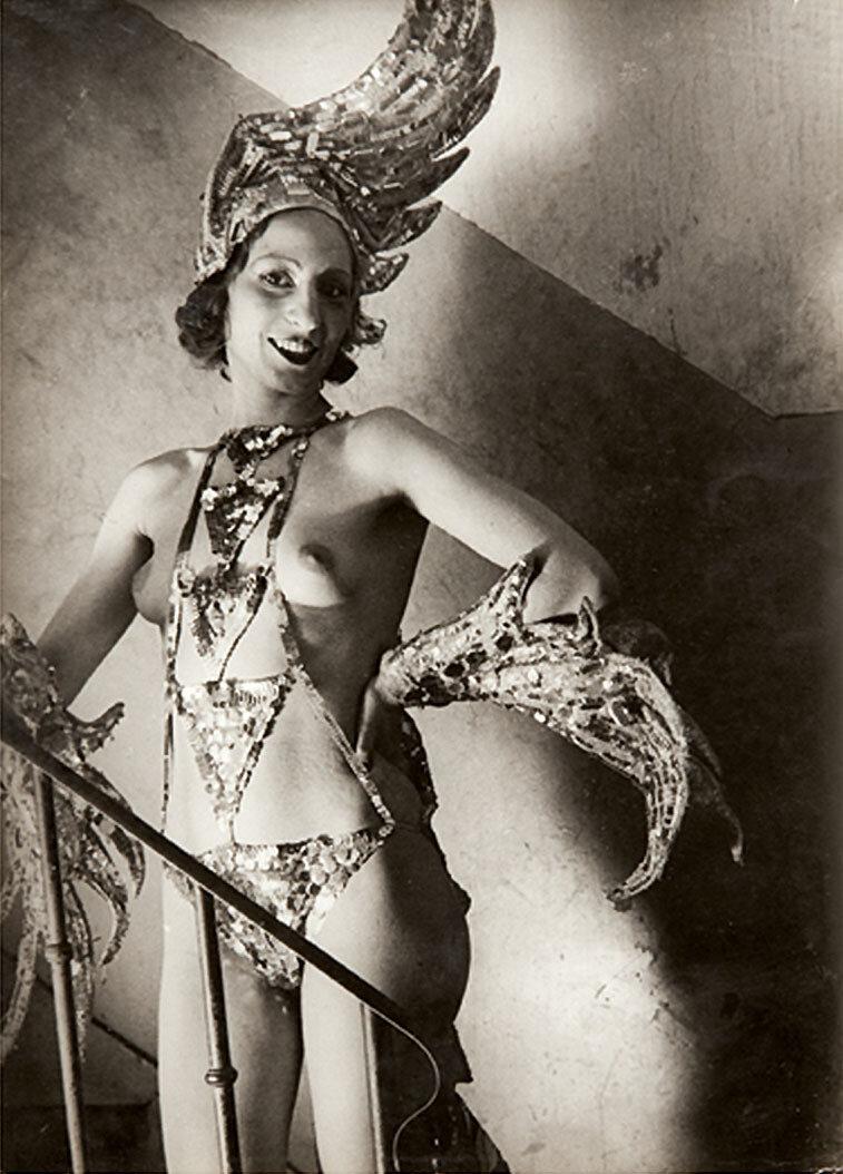 1932. Фоли Бержер. «Жар-птица»
