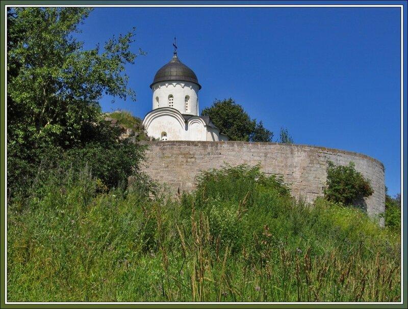 Вид на Староладожскую крепость с Волхова, Старая Ладога