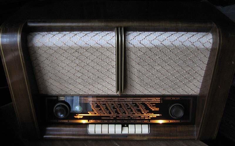 ламповый радио 1953 года IMPERIAL