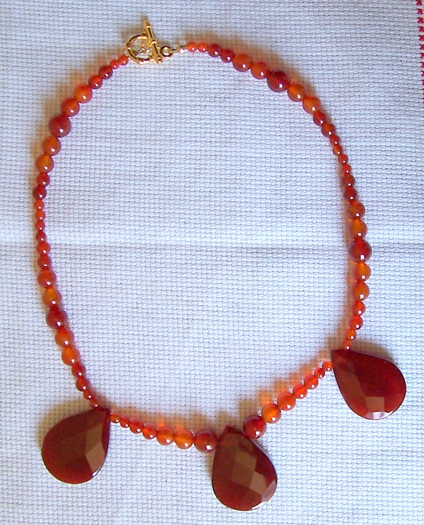 tear drops carnelian necklace