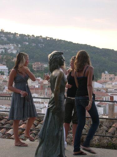 Испания. Зарисовка с девушками