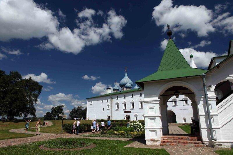 Суздаль - Архиерейские палаты