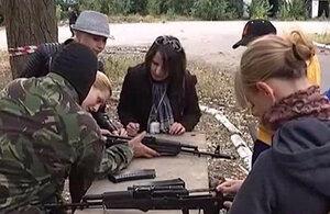 """В Одессе проходит военная подготовка """"женской сотни"""""""