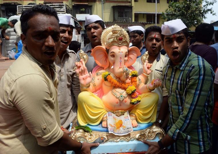 В Индии празднуют День рождения Ганеша 0 1454bf f59e82e4 orig