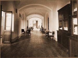 Вид части коридора лазарета.