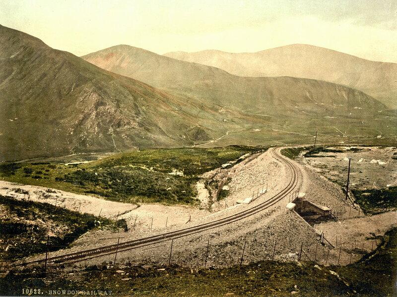 27. Железная дорога и гора Сноудон