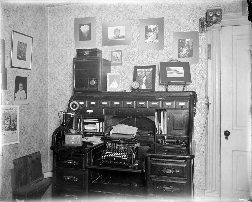 Harry Buckwalter's desk in his office, Denver, Colorado, between 1900 and 1910
