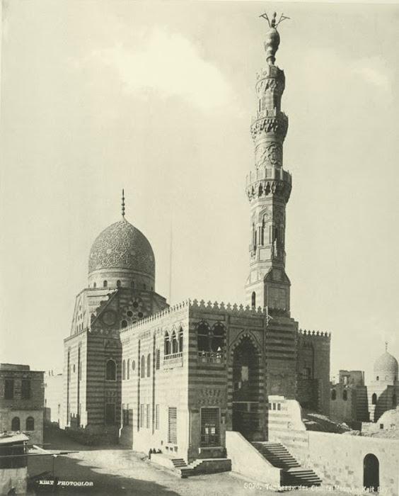 Место захоронения халифов, мечеть Каит Бэй.