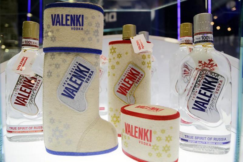 19. В России тоже любят экспериментировать с упаковкой для крепких алкогольных напитков. Так, отечес