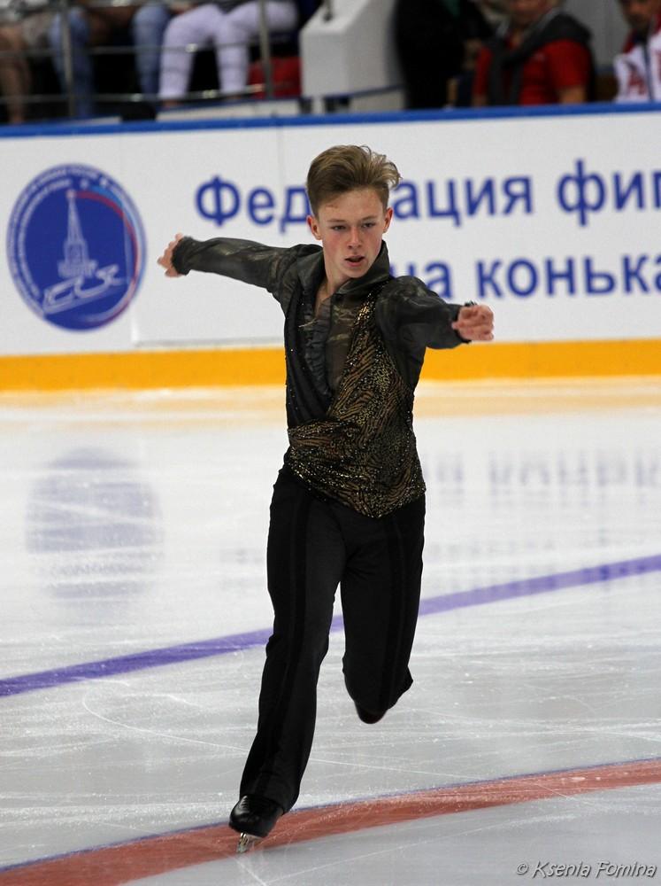 Александр Петров 0_c67bc_d1552355_orig