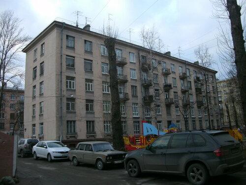 ул. Типанова 16