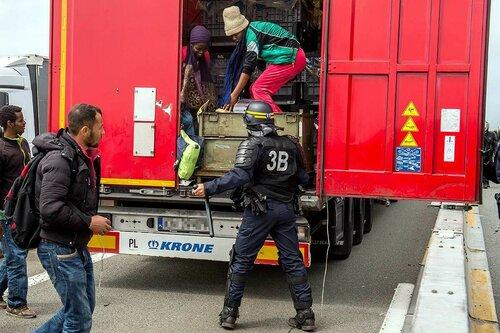 После терактов Франция даёт всё больше отказов в выдаче виз