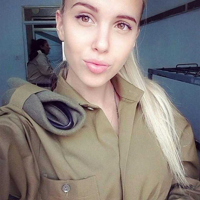 Модели на службе в израильской армии