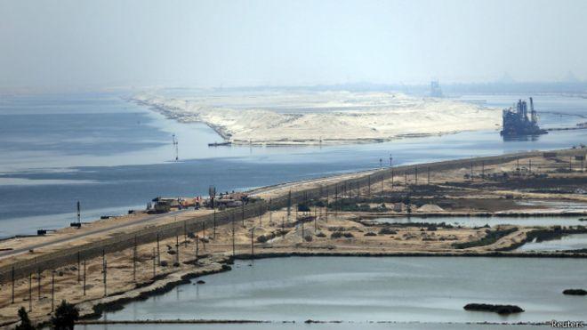 В Египте запустили расширенный Суэцкий канал