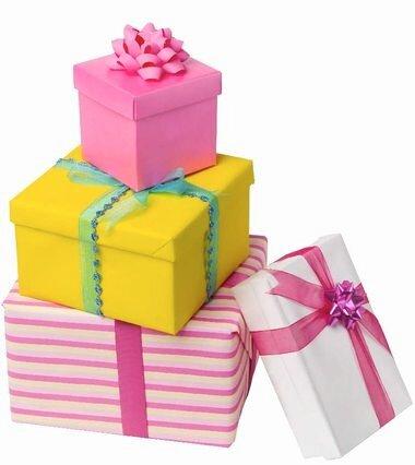 Традиция дарить подарки на свадьбу