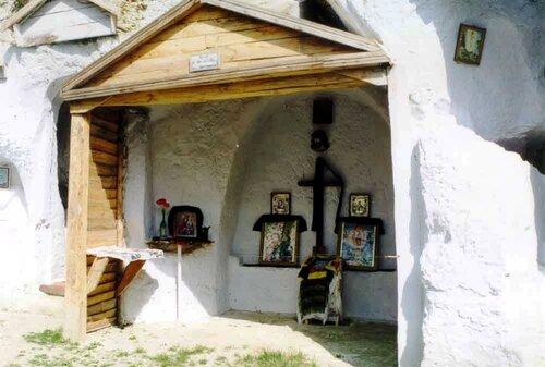 Фото Скального монастыря с сайта НПП  «Подольские Товтры»