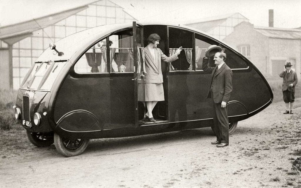 Londen 1927 camping auto.jpg
