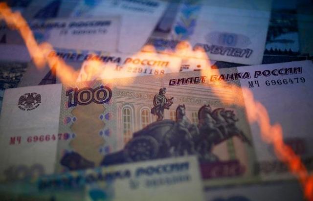 Официальный курс евро идоллара на 13.08.2015 растет