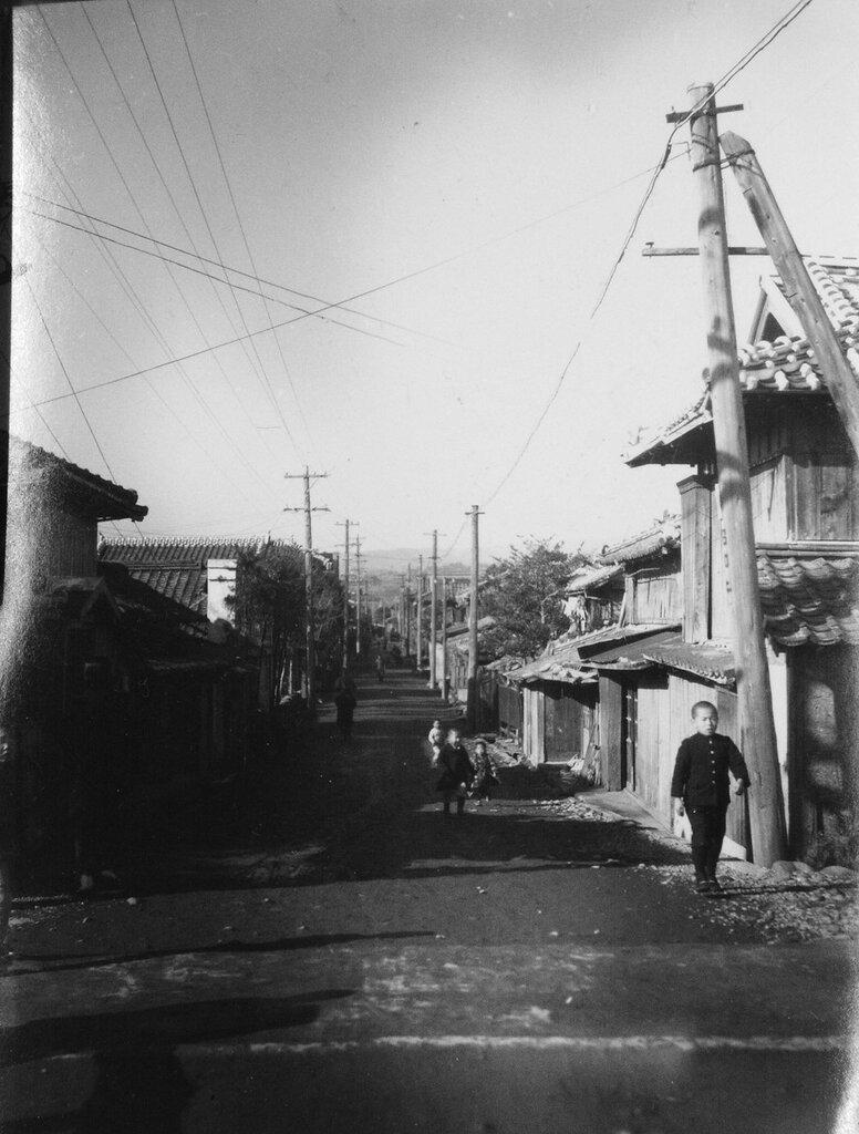 Village Street scene, Jan 3, 1946