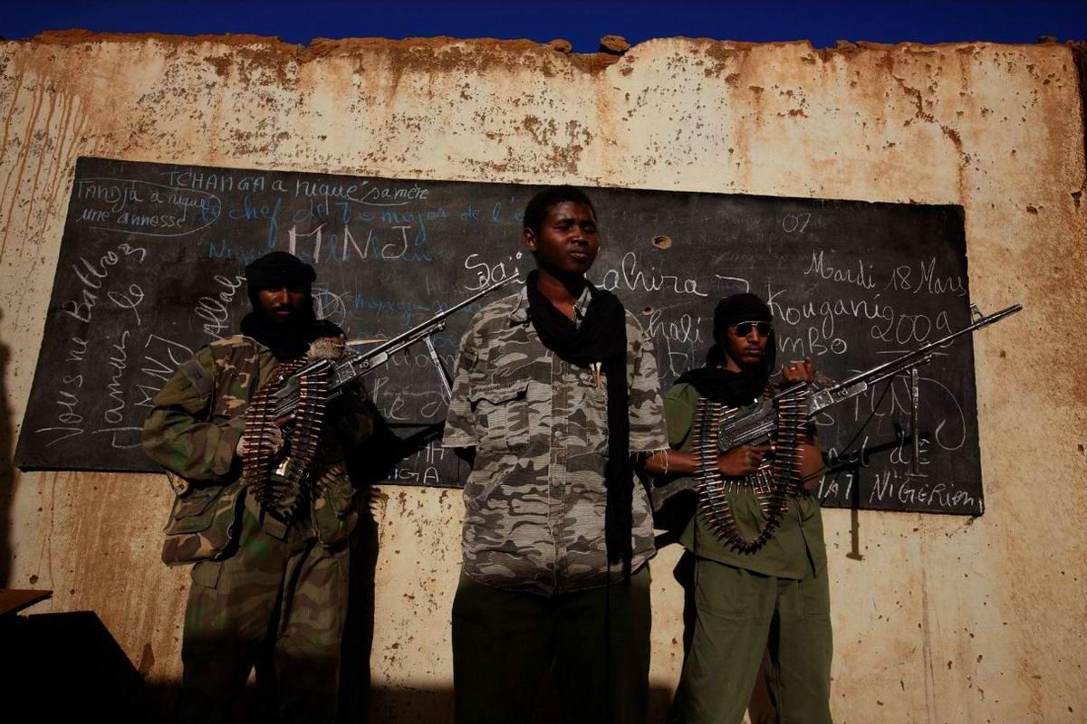 Воинственные североафриканские туареги на снимках фотографа из ЮАР Brent Stirton (5)
