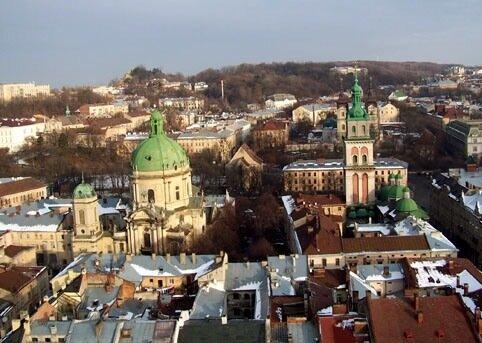 Львів зимовий – Львів святковий