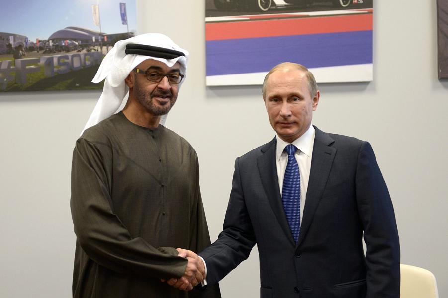 Путин и Мухаммед Аль-Нахайян, наследный принц Абу-Даби, 11.10.15.png