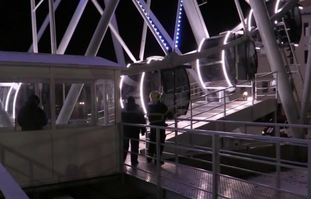 Из-за мороза воВладимире сломалось колесо обозрения спассажирами