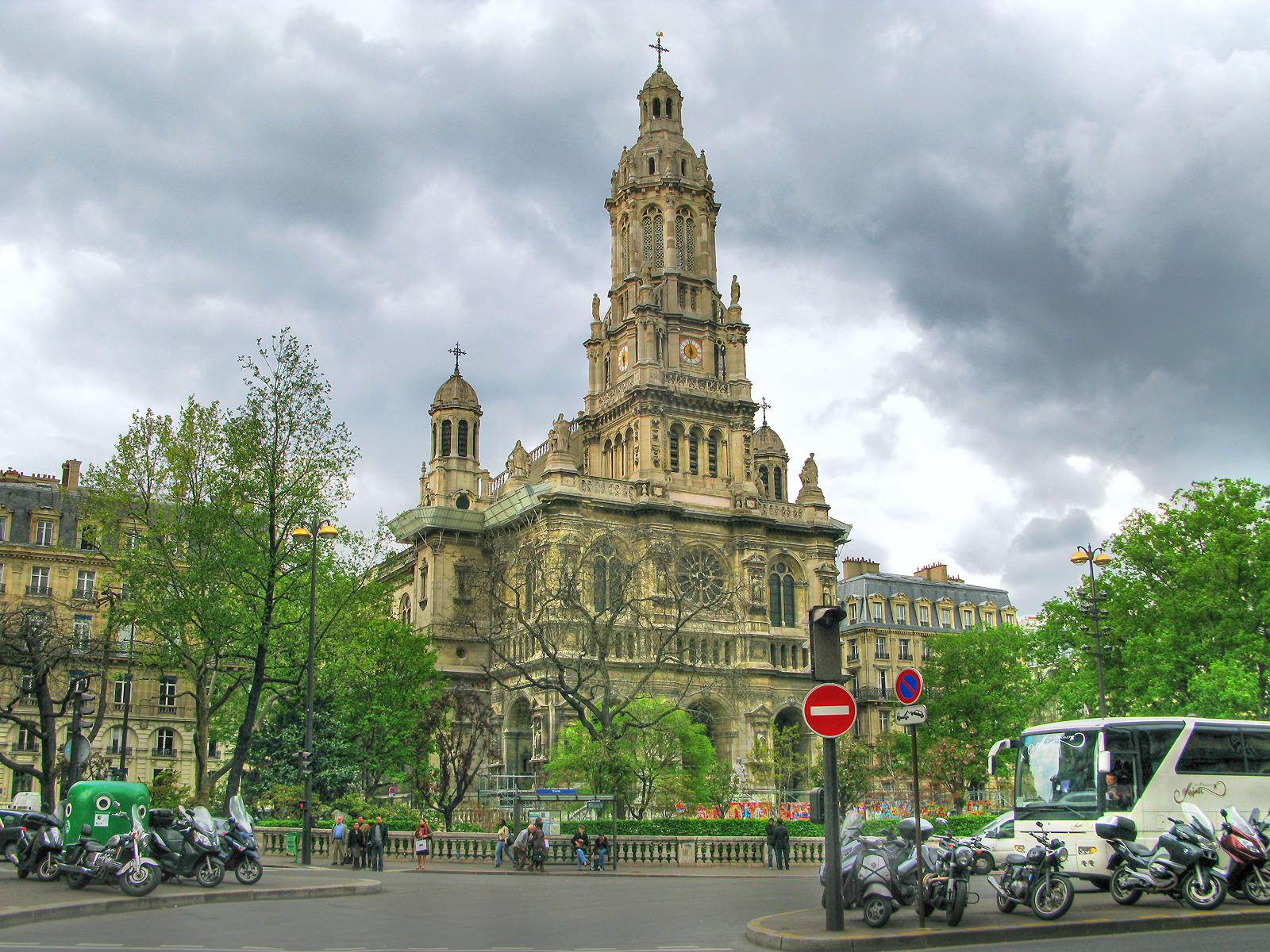 Церковь Сен-Трините