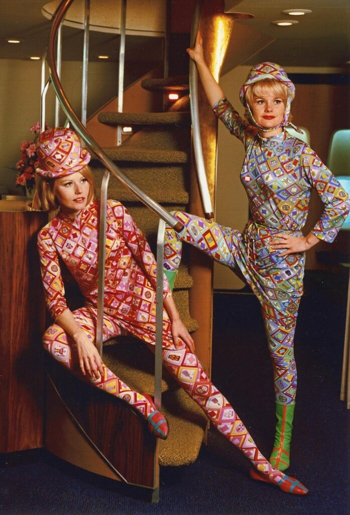 1965 -- Pucci X Braniff airlines.jpg