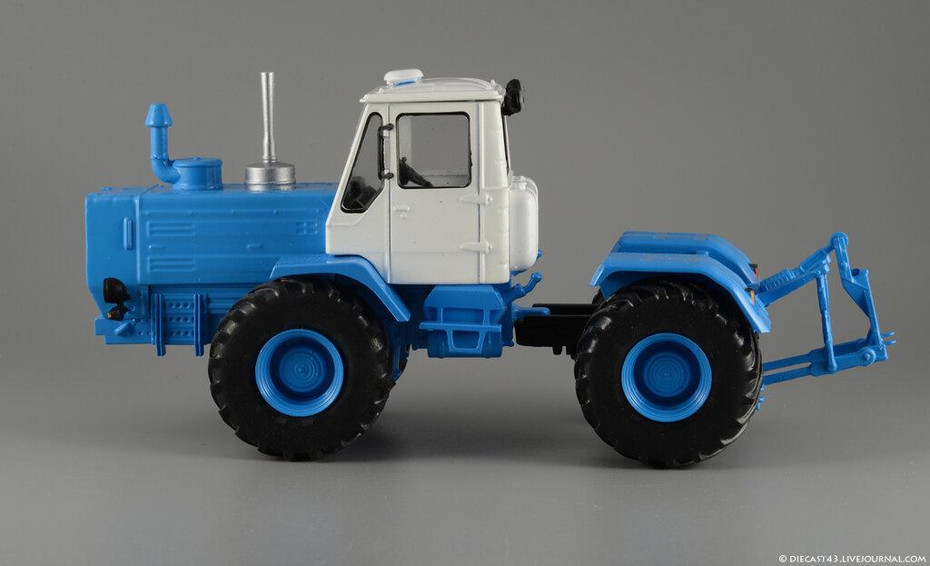 Тракторы | Масштабные модели | Аукцион масштабных и.