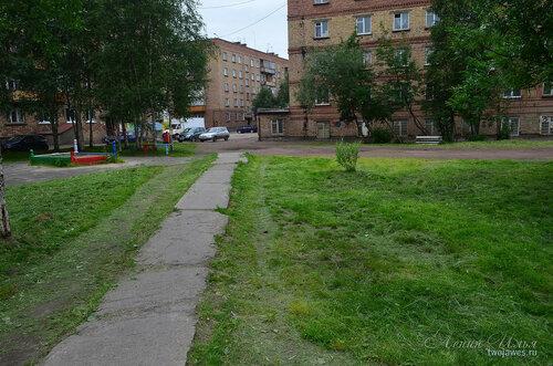 Фотография Инты №8065  Воркутинская 8, 16, 12 и двор Воркутинской 10 02.07.2015_17:08
