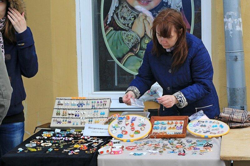 Бижутерия ручной работы - «Вятский Арбат» в день города-2015 на пешеходной улице Спасской
