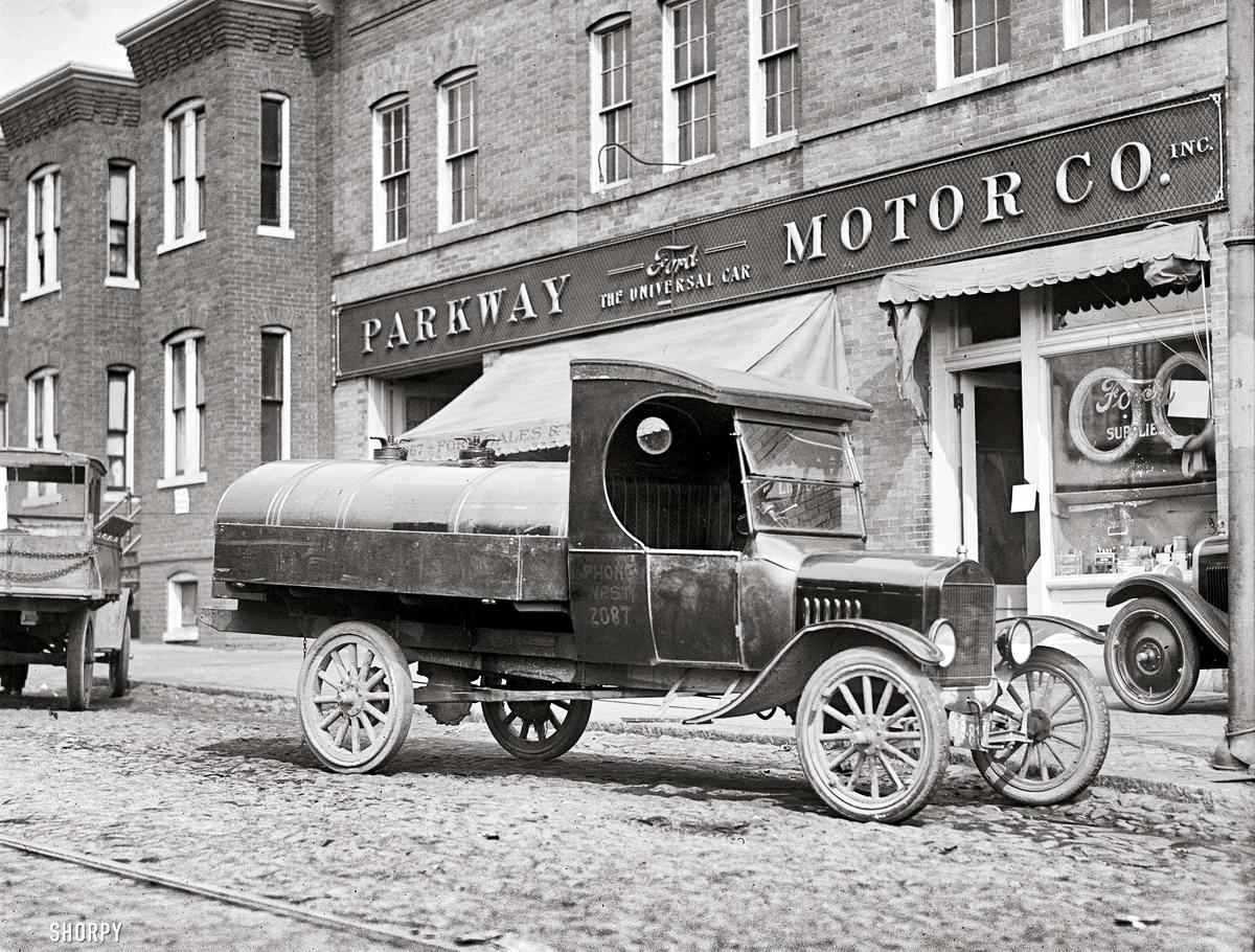 Грузовые автомобили начала 20-го века на снимках американских фотографов (19)