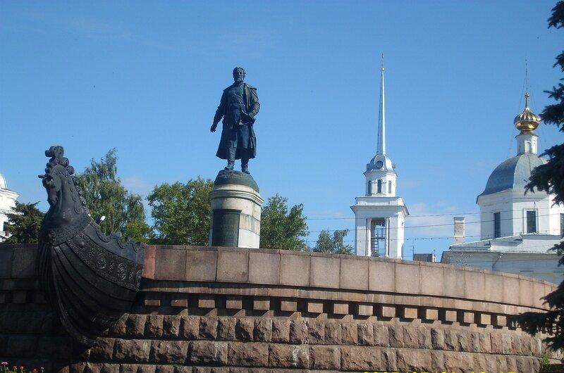 Памятник А.Никитину в г.Твери