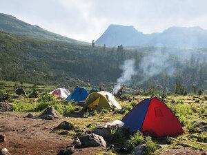 Палаточный лагерь на Радужном