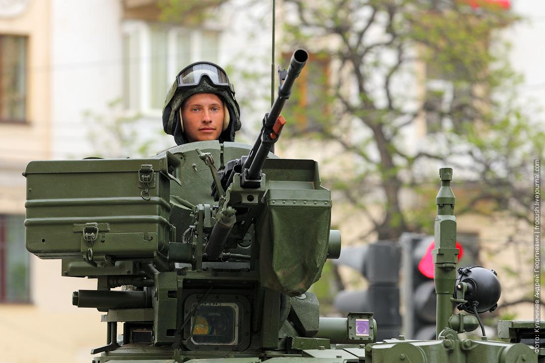 танк Т-90 генеральная репетиция парада Победы в Волгограде
